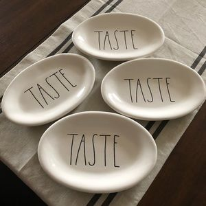 "Rae Dunn set of 4 oval plates ""thankful"""